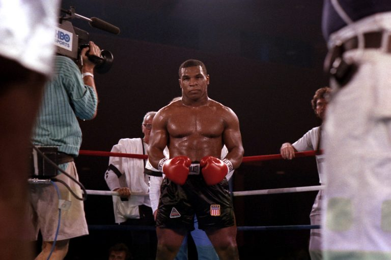 Mike Tyson usou o FAKE PENIS para vencer os testes de drogas durante a carreira de boxe e admitiu ser 'cokehead completo'