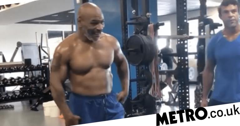 Mike Tyson parece rasgado em vídeo enquanto treina com a lenda do UFC Vitor Belfort