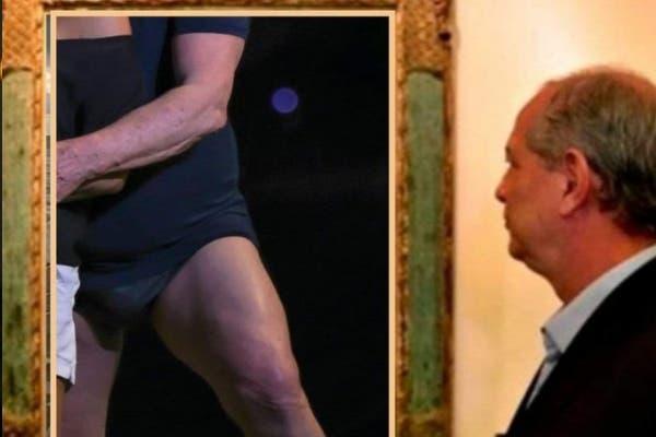 Ciro olhando quadro do Lula de sunga