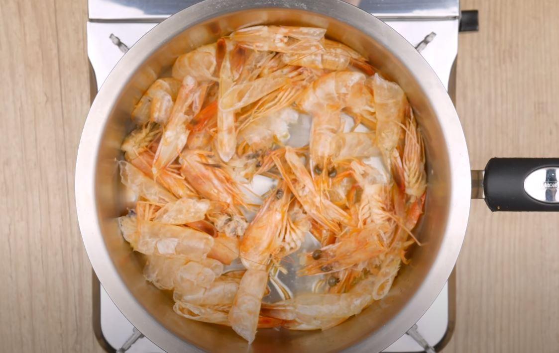 cascas de camarão
